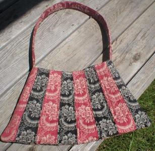 Red/Black quilted purse