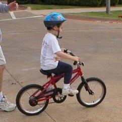 t-riding-a-bike.jpg