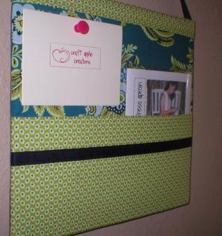 Craft Apple's Fabric Corkboard
