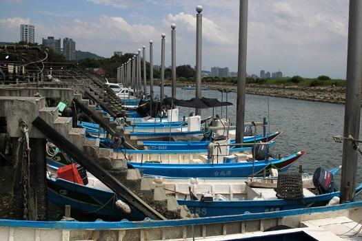 boats danshui