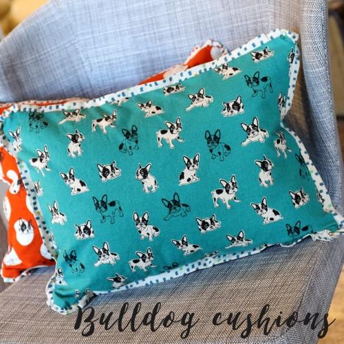 bulldog-cushion2