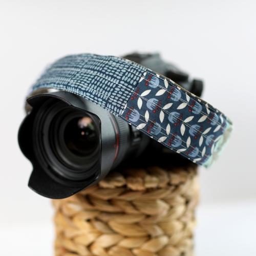 camera strap cover blue 3